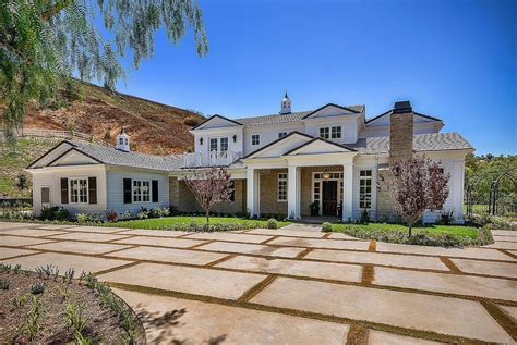 new house kylie jenner snapchats a tour of her new hidden hills