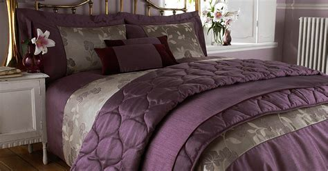 most expensive bed in the world sleeping in the most expensive bed sheets therichest