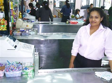 cashier definition what is