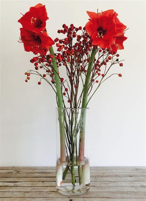 vasi con fiori finti fiori per vasi alti le composizioni artificiali o