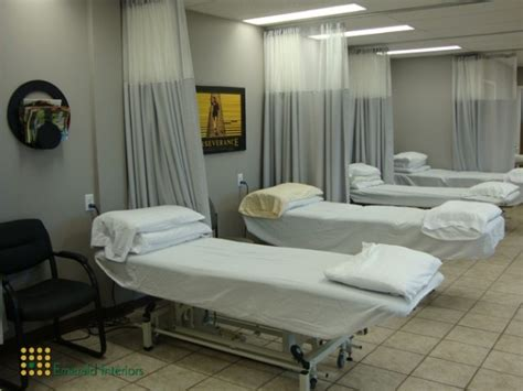 emerald interiors physiotherapy clinic