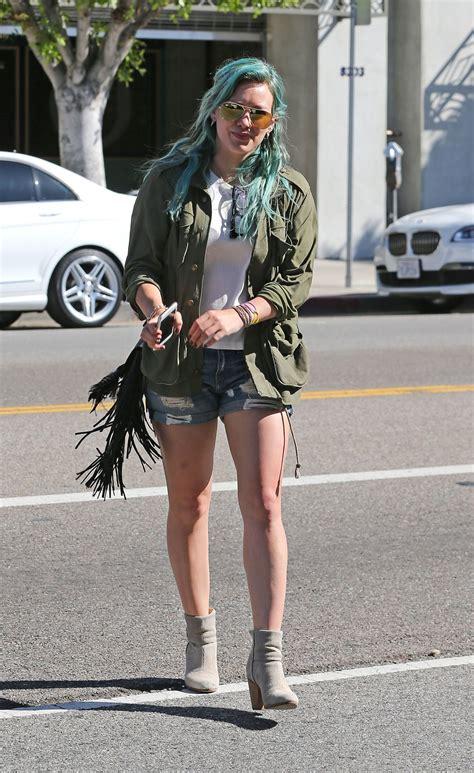 How Would You Wear It Hilary Duff Fabsugar Want Need by Hilary Duff Out In La Celebzz Celebzz