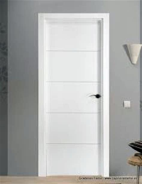 imagenes puertas interior blancas foto puerta mdl 4 rayas lacada en blanco de hnos a