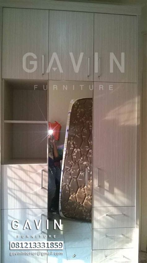Lemari Pakaian Wardrobe Hpl model lemari sliding minimalis hpl by gavin kitchen set