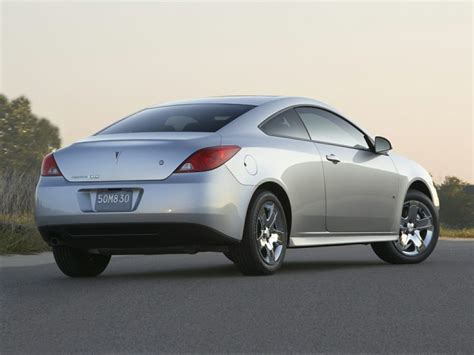 pontiac g6 pontiac g6 sedan models price specs reviews cars