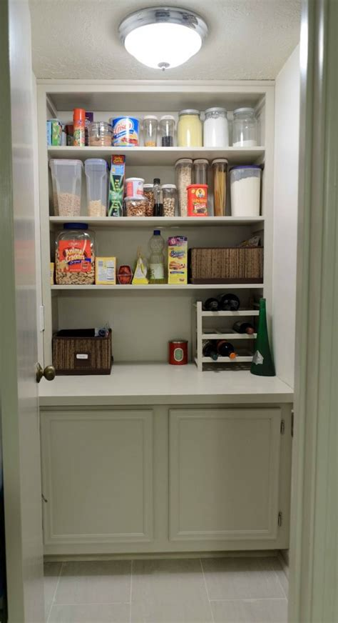how to arrange kitchen cabinet contents organize kitchen cabinet and kitchen shelf interior
