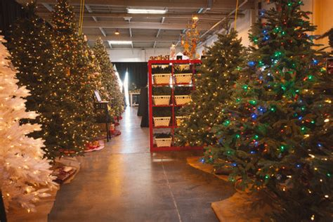 how to choose the perfect artificial christmas tree