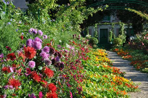 The S Garden giverny monet garden part 5