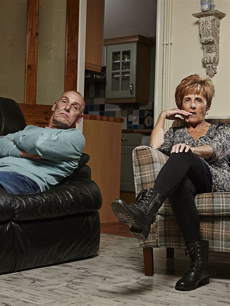 gogglebox posh couple fell off sofa who are gogglebox s welsh couple dave and shirley find