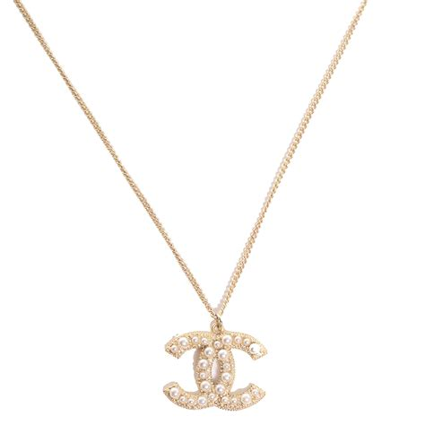 chanel pearl cc pendant necklace gold 88885