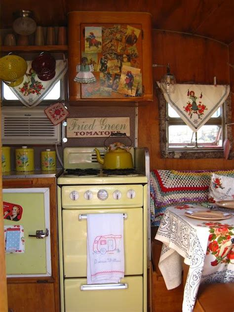 Kitschy Ls by This Kitschy Vintage Cer Interior Pinpoint