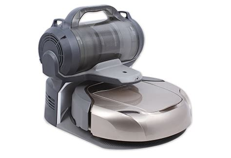 Self Emptying Robot Vacuum with HEPA Filter @ Sharper Image