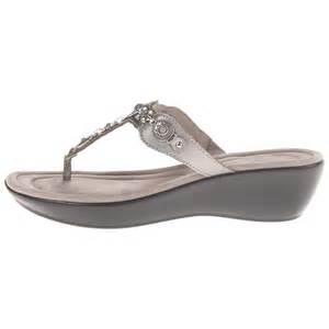 Comfort Wedge Sandals Minnetonka Women S Boca Thong Ii Sandals Onwomenshoes