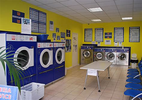 quanto costa lavare un tappeto cna chiede controlli a tappeto sulle lavanderie a gettone