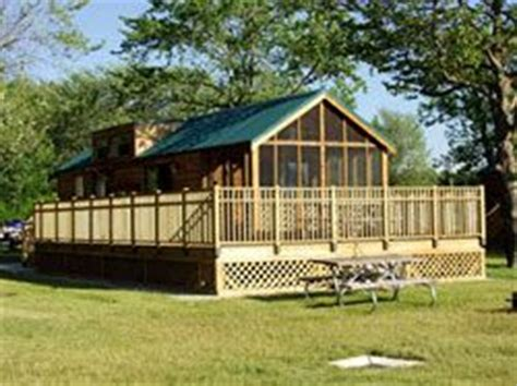 Geneva State Park Cabin Rentals by Cabins At Geneva State Park Geneva On The Lake Oh