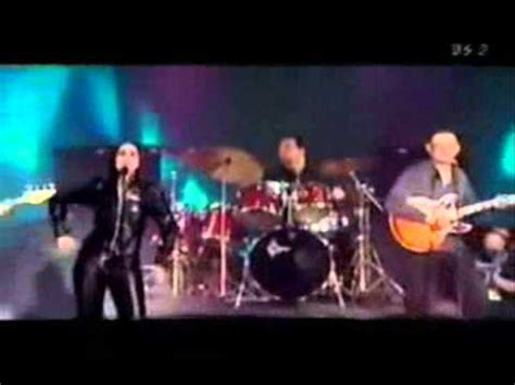 swing out sister youtube swing out sister am i the same girl live london 2001
