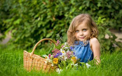 little girls little pics little girl cute mood hd wallpapers new hd wallpapers