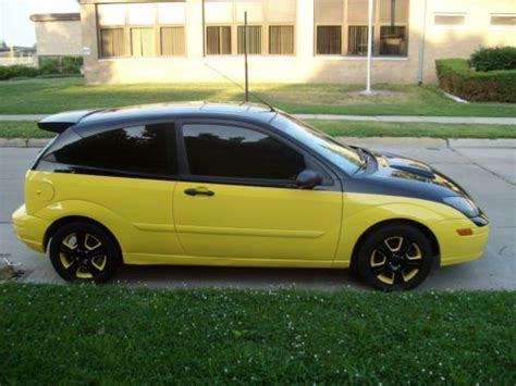 purchase used 2003 ford focus zx3 cold a c custom paint roush wing and scoop in hazel park