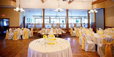 Royal Oaks Country Club Weddings   Get Prices for Tri