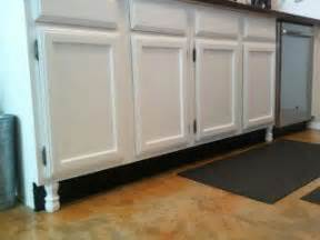 Kitchen Cabinets With Legs by Faux Legs On Kitchen Cabinets Diy Need To Do Pinterest