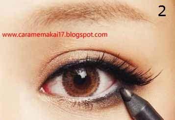 Eyeliner Bawah Mata Wardah langkah langkah cara memakai eyeliner dengan benar cara