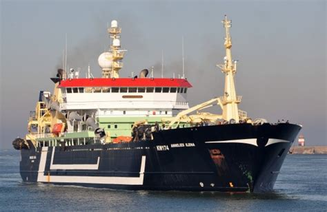 world largest fishing boat skipper of world s largest fishing trawler fined 105 000