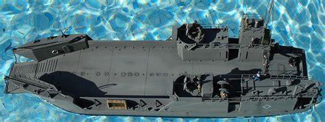 Trumpeter Ww2 Usn Lcm Crew Model Kit Figure 1 35 armageddon ar 05 1 72 lct 6 usn landing craft kit look