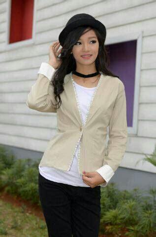 Jaket Wanita Warna Krem baju jaket blazer wanita korea desain cantik model terbaru