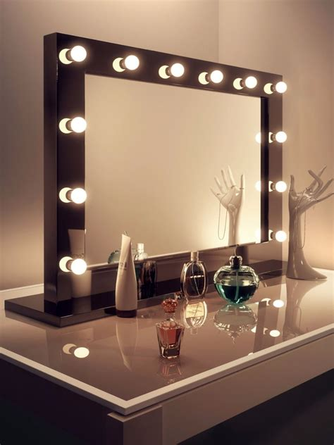 decor chic mirror  light bulbs  makeup