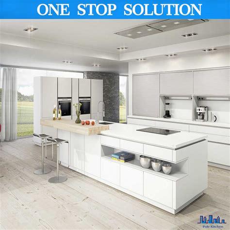 Uv Kitchen Cabinet by China Pole 2016 New White Uv Paint Kitchen Cabinet China