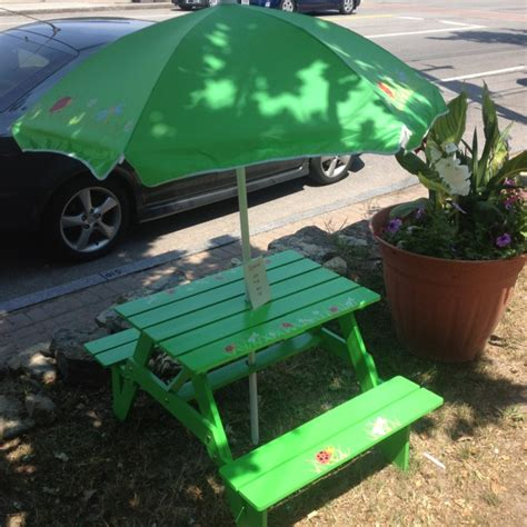 Children S Picnic Table With Umbrella by 22 Best Images About Picnic Tables On