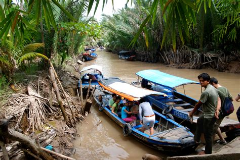 banana boat vietnam file saigon mekong delta 2042765375 jpg wikimedia