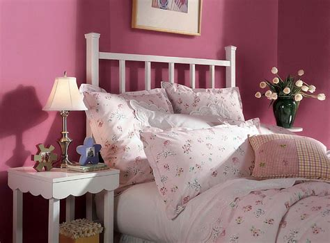 awesome red color bedroom walls what color should i paint my 10 great pink and purple paint colors for the bedroom
