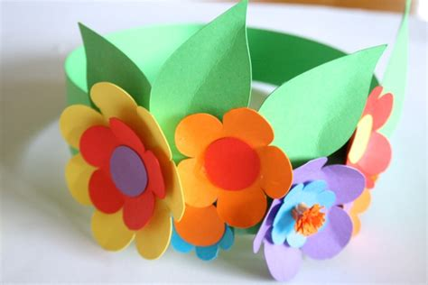 How To Make A Paper Easter Bonnet - easter diy make a floral paper headpiece etsy