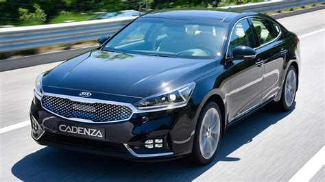 kia saloon cars the all new kia cadenza named best family saloon and