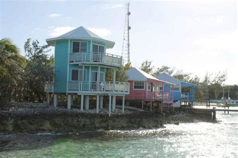 staniel cay yacht club cottages the coloured cottages on the water picture of staniel