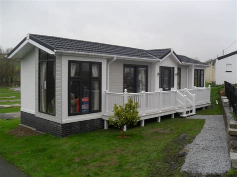 mobile home holidays uk new and used park homes and mobile homes for sale in uk