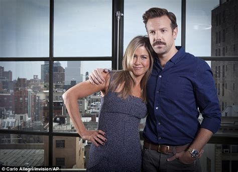 were the millers interview jason sudeikis jennifer jennifer aniston reveals she s in no rush to wed justin