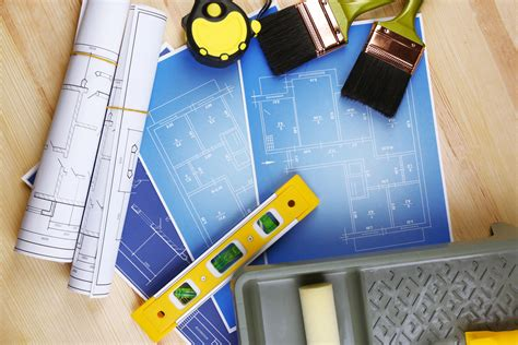 when is the best time to hire a remodeling contractor