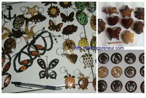 Lu Hias Dari Batok Kelapa kerajinan dari bahan batok kelapa yang unik dan kreatif