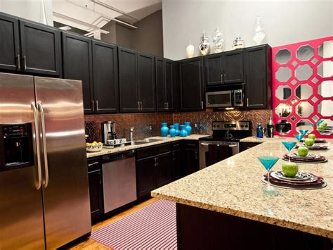 10 ideas for decorating above kitchen cabinets hgtv 10 ideas for decorating above kitchen cabinets hgtv