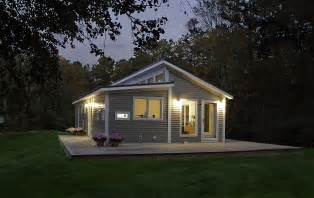 Prefab Small Houses Inspirations Find Your Cabin With Small Prefab
