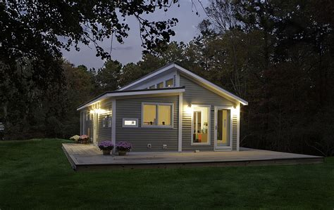 Blu Homes Prefab Home Manufacturer Comes To Canada 187 Bec Green Affordable Home Plans Canada
