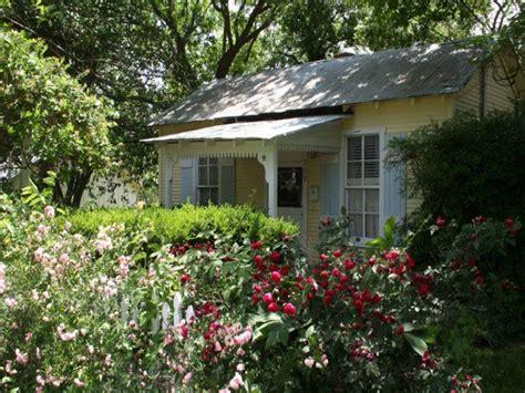 Fredericksburg Tx Cottage Rentals by 120 Best Images About Cabin Rentals In Fredericksburg Tx