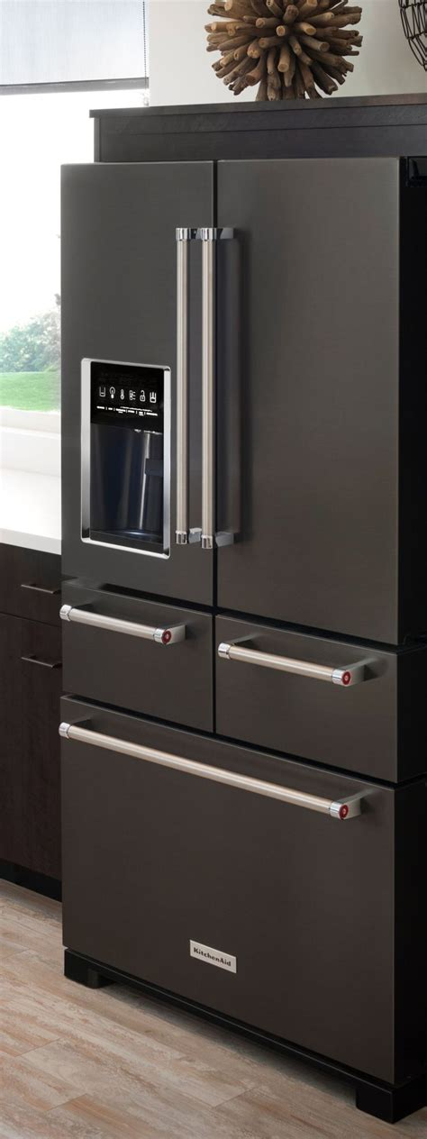 appliance cabinets kitchens 1000 ideas about kitchen black appliances on pinterest