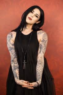 d von kat von d celebrates ten decades of sobriety hifow