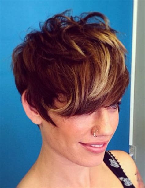how do i highlight my pixie cut 30 chic highlight ideas for your brown hair