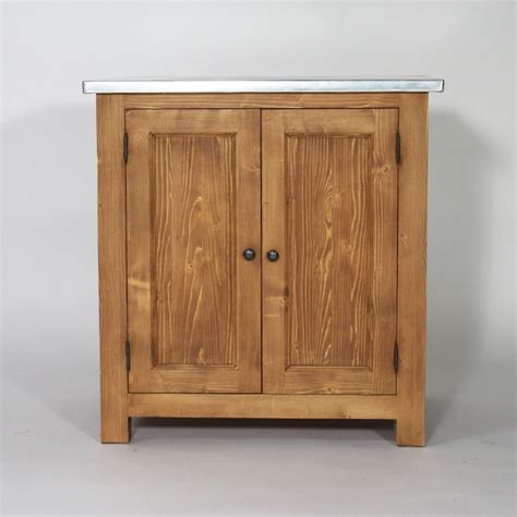 meuble cuisine pin massif meuble de cuisine en bois et plateau zinc cagne made