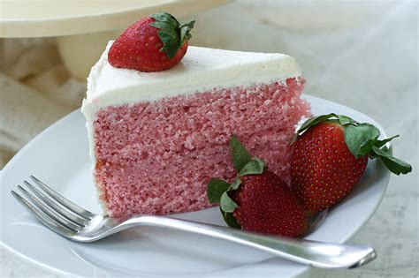 strawberry cake oven fresh strawberry cake with cheese swiss