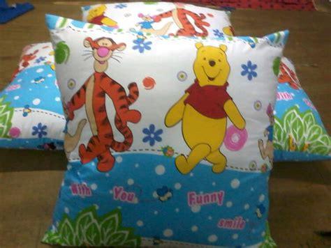 Bantal Untuk sarung bantal sofa grosir bantal dacron silicon jual